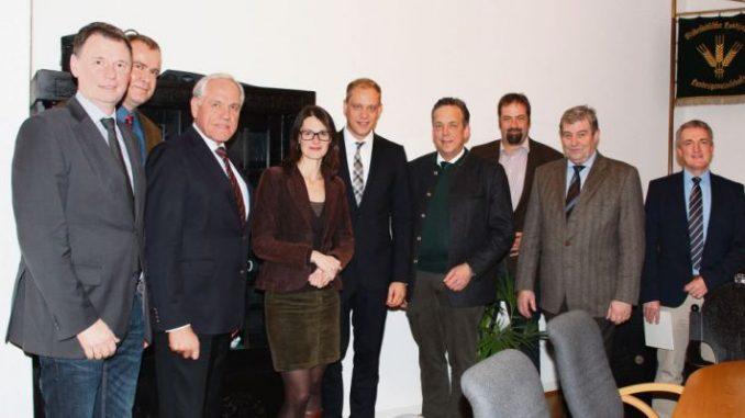 Mit Parteien im Gespräch - Foto: Landvolk