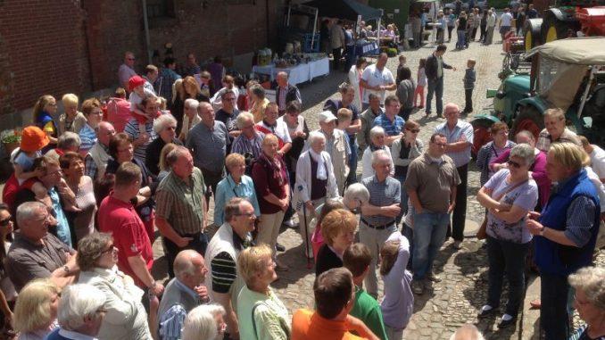 Tag des offenen Hofes will alle Fragen beantworten - Foto: Landvolk