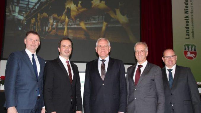 Jörn Ehlers folgt als Vizepräsident auf Heinz Korte - v.l.n.r.: Heinz Korte