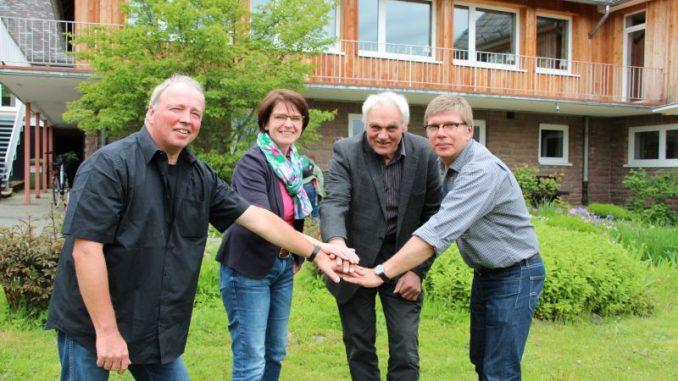 Bildungs-Ehe in Goslar geschlossen - v.l. Heiko Eifling