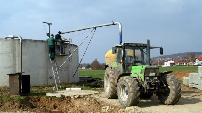 Landwirte müssen neue Düngeregeln beachten - Foto: Landpixel