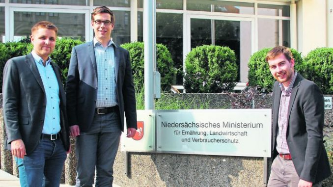 Im Baurecht die Hürden abreißen - Auf dem Weg zum Minister: Die Junglandwirte Henrik Brunkhorst