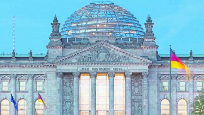 Mehr Geld soll in die Dörfer - Foto: Bundestag/Hartmann