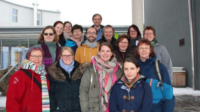 """In den Kopf gehen - im Herzen bleiben - Die niedersächsischen Teilnehmer nahmen neue Ideen für den """"Bauernhof als Klassenzimmer"""" mit nach Hause. Foto: Kolle"""