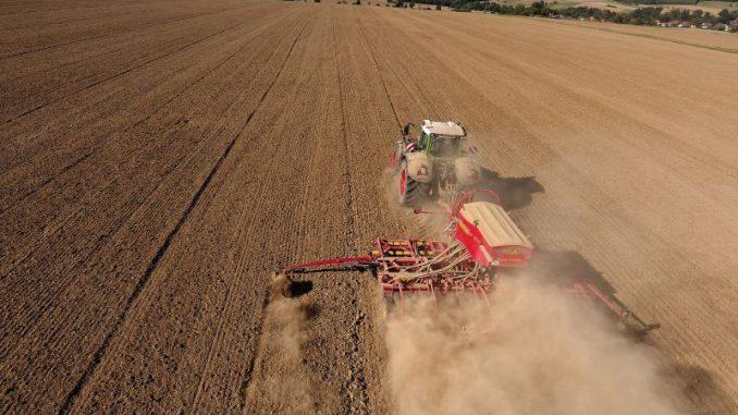 Trockenheit belastet Landwirte weiter - Foto: Landpixel