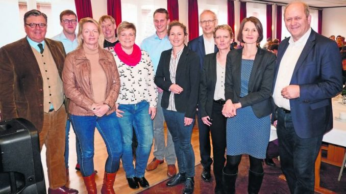 Pfiffige Ideen sichern die Zukunft - Neue Wege gehen: Referenten und Politiker tauschten sich über Einkommensalternativen aus. Foto: Marketing Gesellschaft Niedersachsen