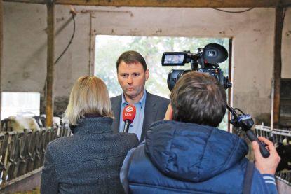 Moorschutz zieht uns den Boden weg - Landvolkvizepräsident Heinz Korte im Interview mit Sat 1.