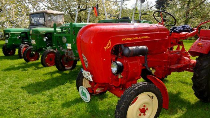 Wenn alte Traktoren zu neuem Leben erweckt werden - Foto: Landvolk