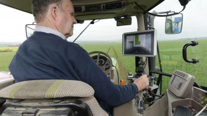 GPS-gesteuerte Feldarbeit ist endlich kostenfrei mög-lich - Foto: Landpixel