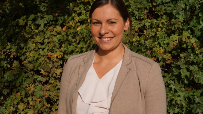 Neue Geschäftsführerin des HOL Frau Fuchs