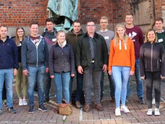 18. Studienkurs vor der Marktkirche